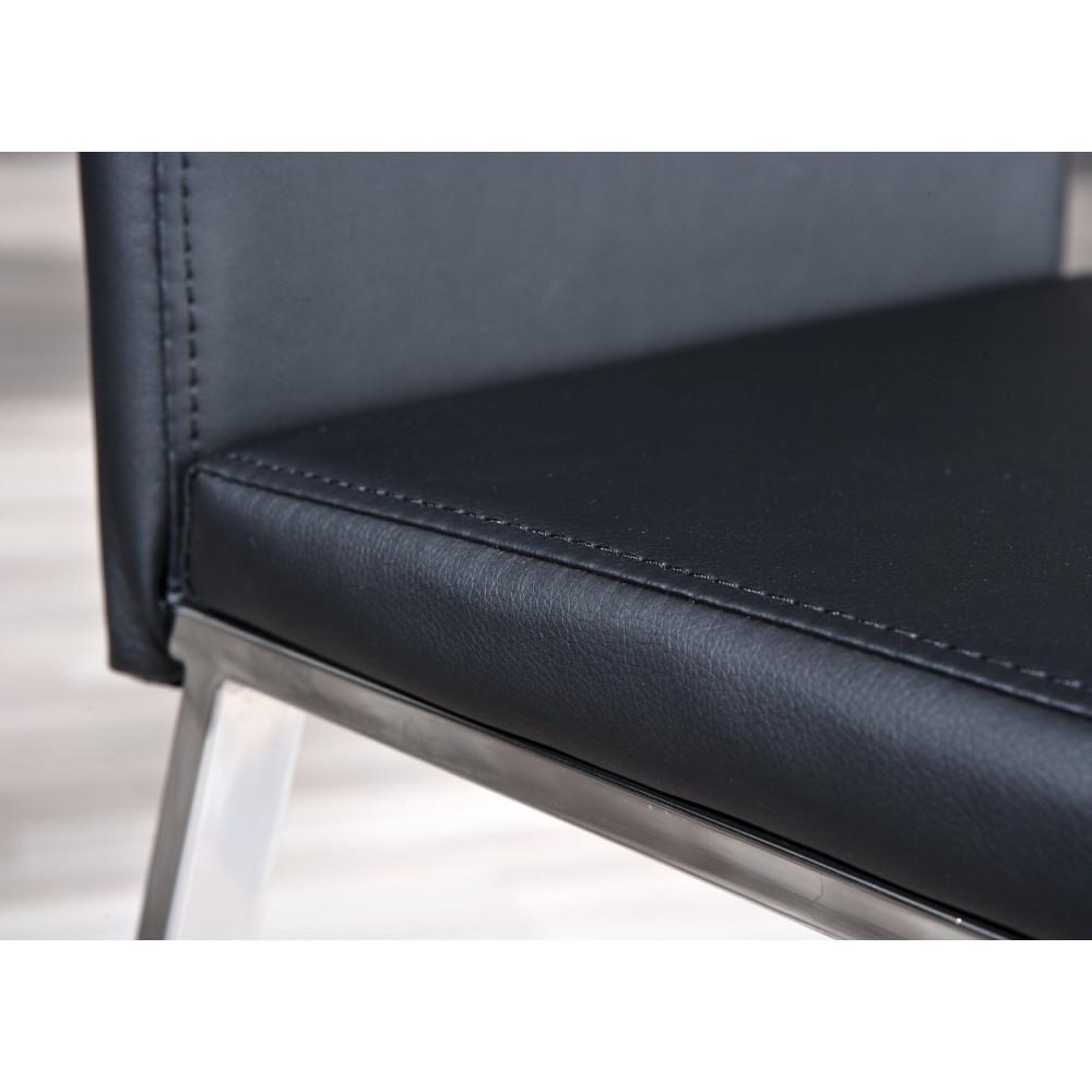 Lot de 2 chaises noires salle manger for Lot de chaises noires