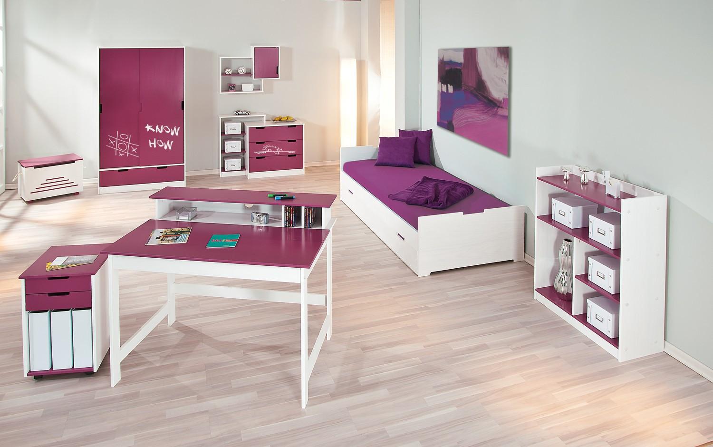 Chambre à composer magenta et blanc pour chambre de jeune