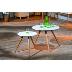 Table basse design de salon verre Blanc et chromes.