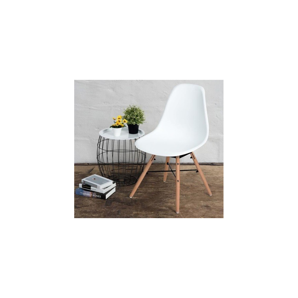 Lot de 4 chaises style scandinave blanche for Chaises contemporaines blanches